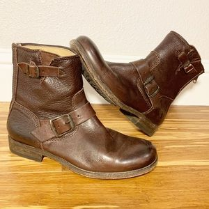 Frye Bootys with Zipper Closure
